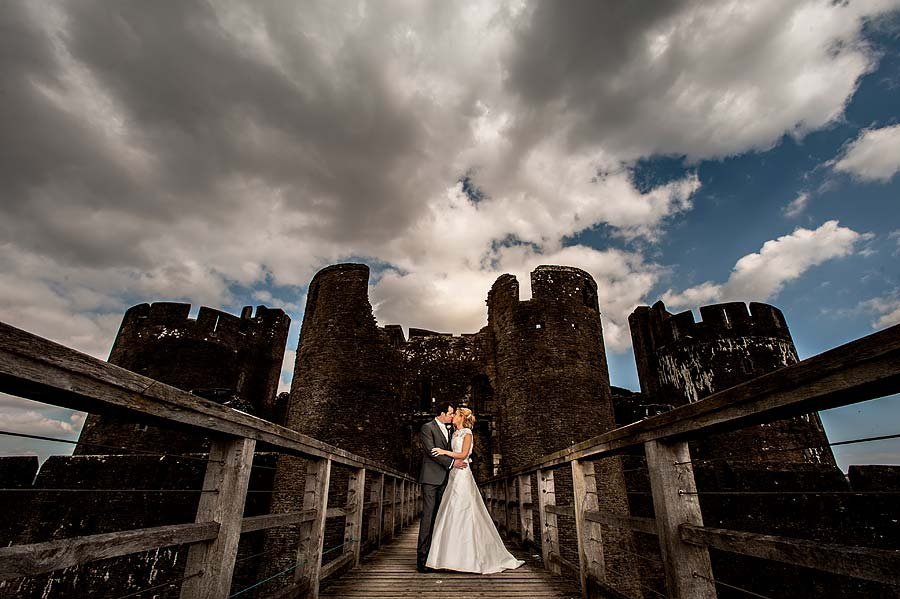 wedding at caerphilly-castle-57