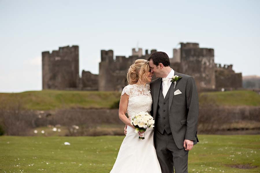 wedding at caerphilly-castle-59