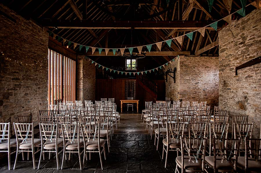wedding at kingston-country-courtyard-2