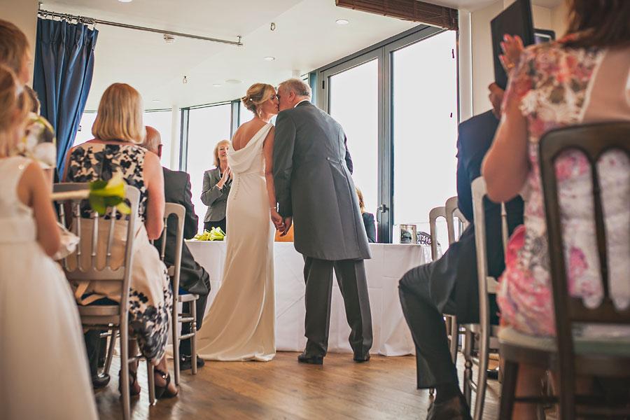 wedding at spitbank-fort-33