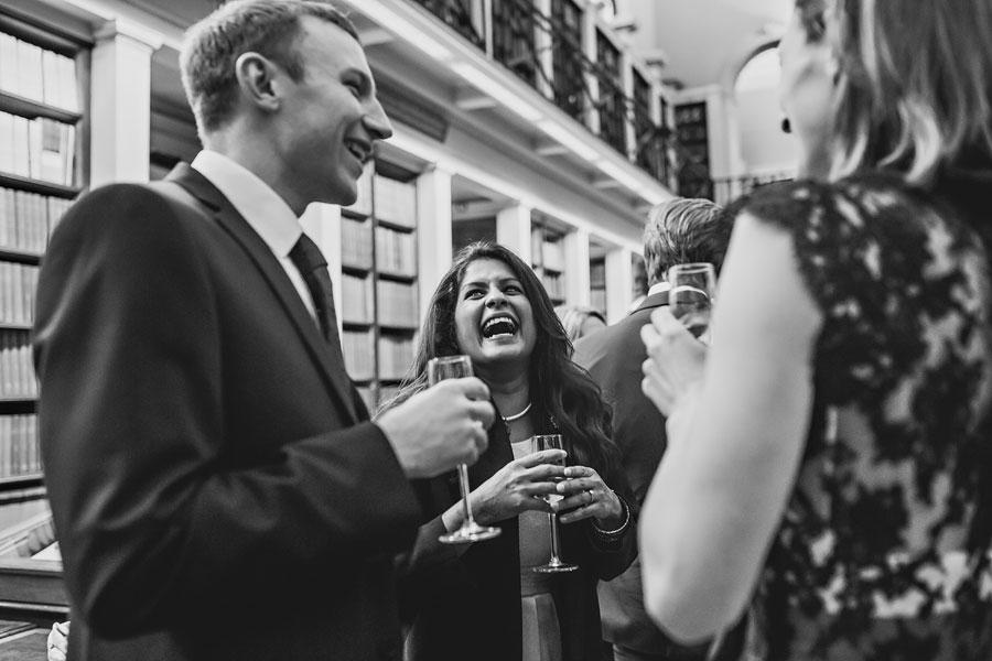 wedding at royal-college-of-surgeons-82