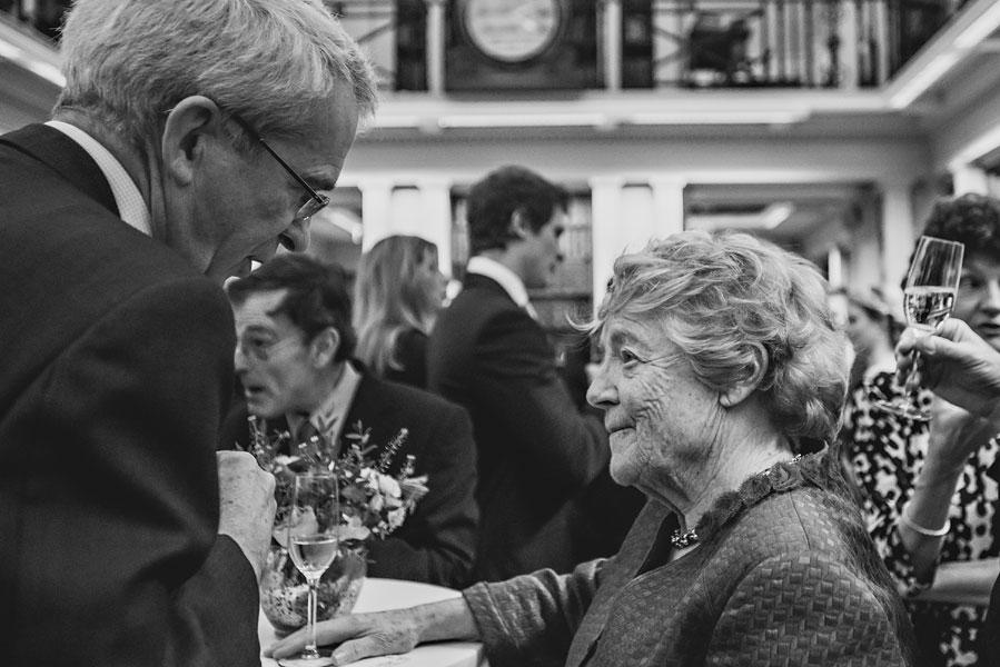 wedding at royal-college-of-surgeons-86