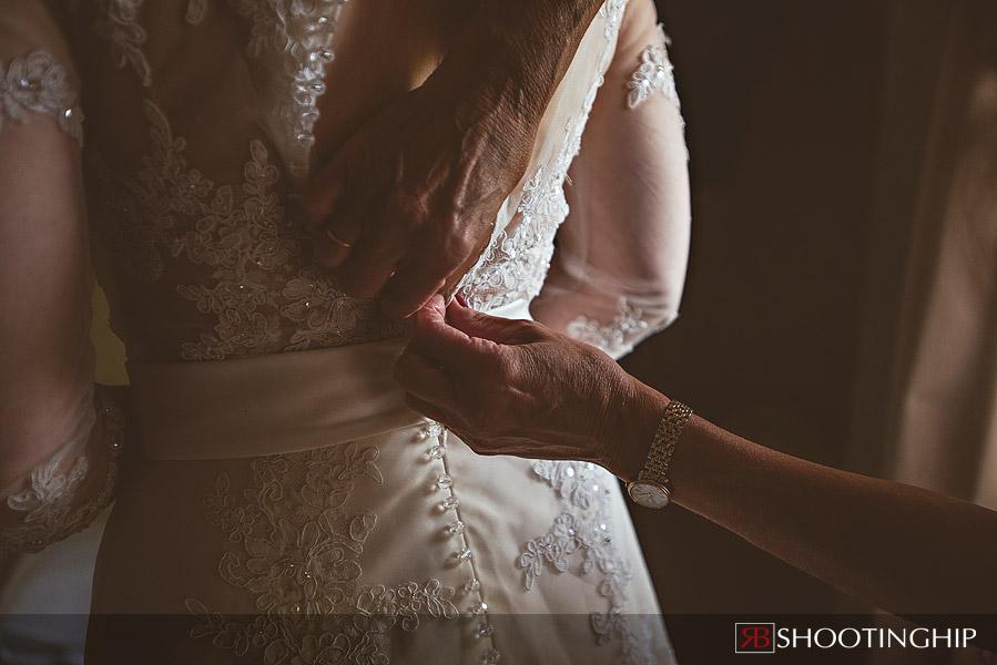 wedding at bury-court-barn-20