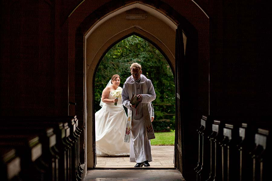 wedding at cranleigh-golf-club-23