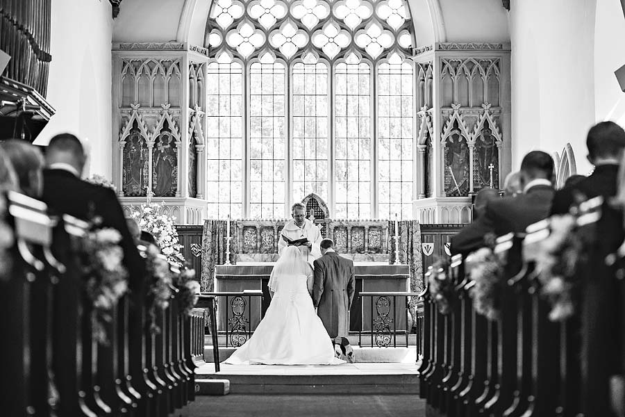 wedding at cranleigh-golf-club-38