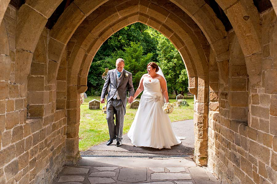 wedding at cranleigh-golf-club-47