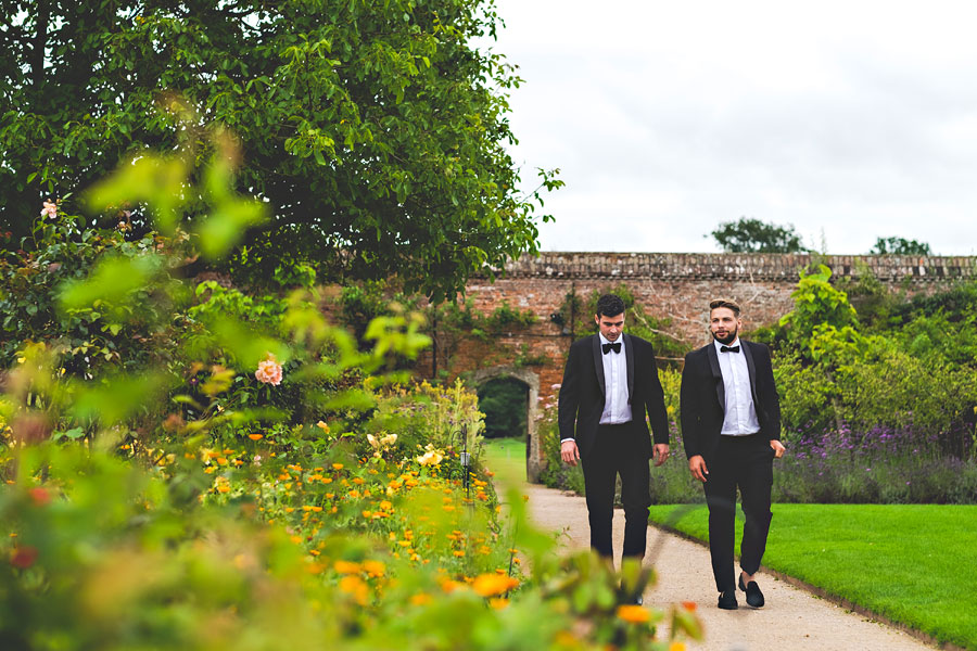 wedding at cowdray-walled-gardens-18