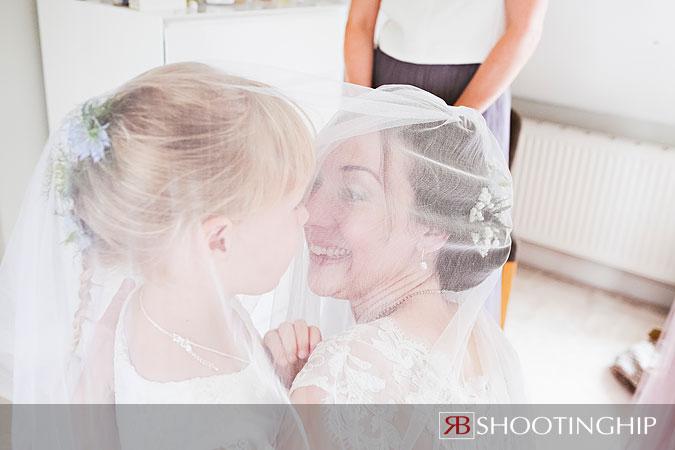 Hampshire Wedding Photography-24