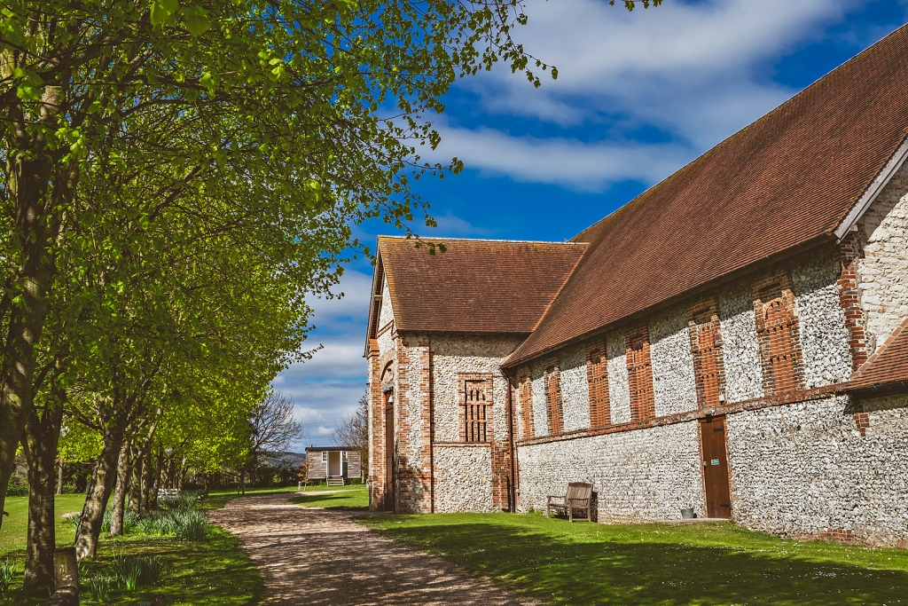 exterior of tithe barn hampshire