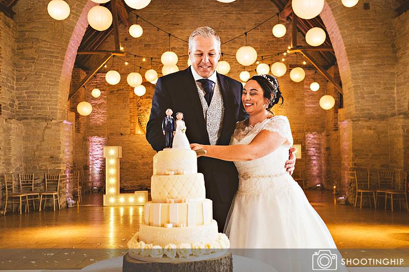 wedding photography at tithe barn (51)