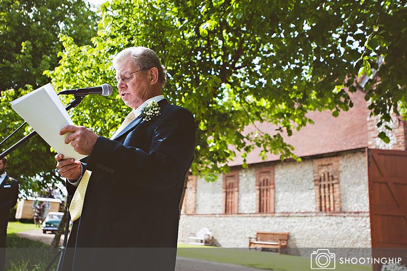 Hampshire Wedding Speeches Outside (47)